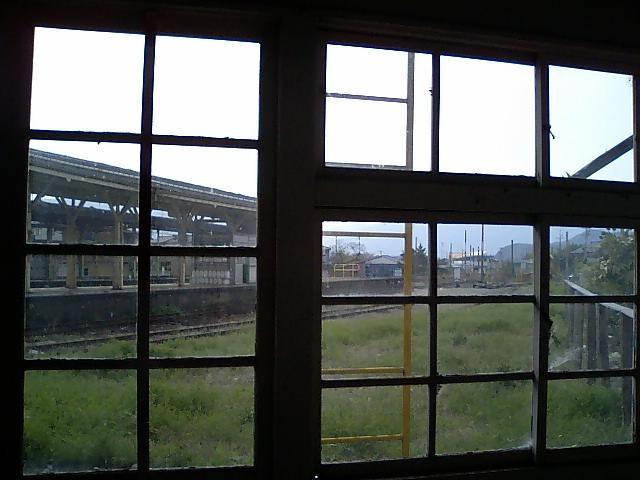 廃線:ここはひどい廃駅ですね