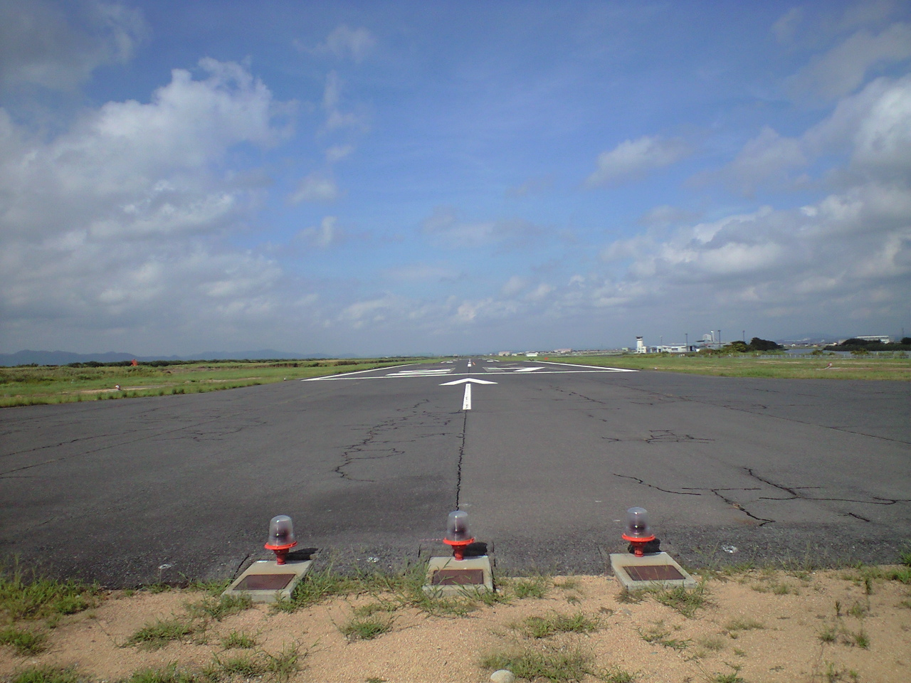 航空:これは酷い地方空港ですねww