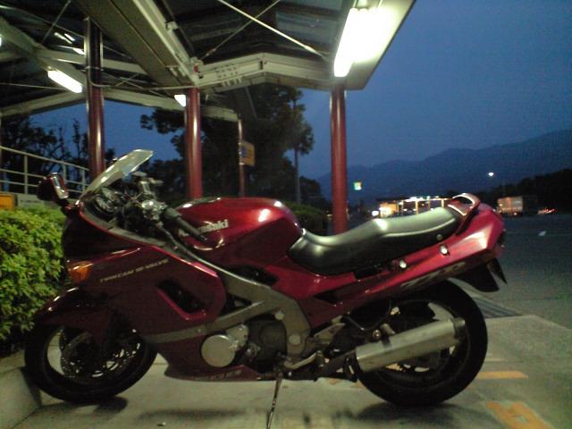 バイク:通勤快速 シャルル行き