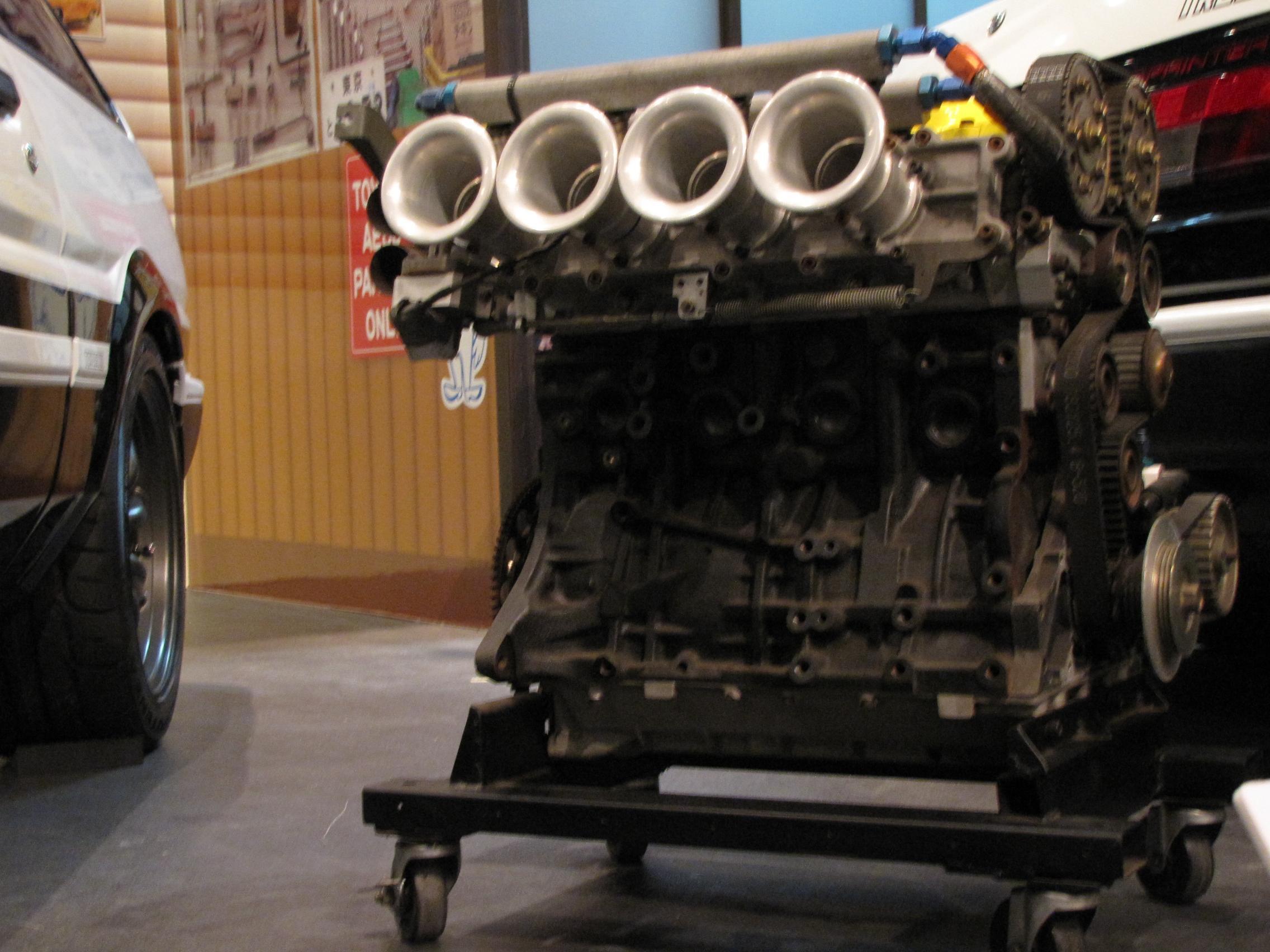 クルマ:トヨタのエンジンは世界いちぃぃぃぃ!!