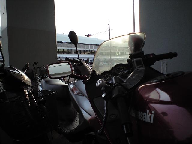 バイク:エクストリーム通勤