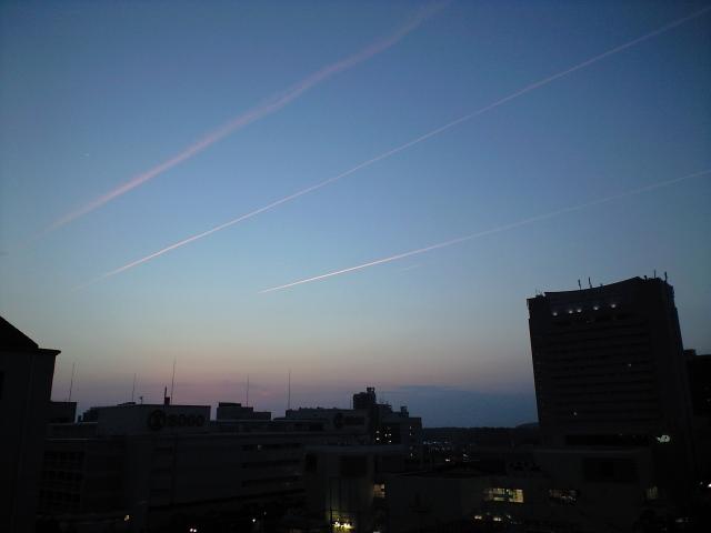 風景:消える飛行機雲