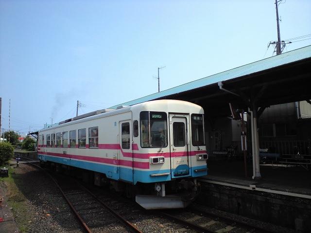 鉄道:♪キミに会いに〜行く〜よ♪