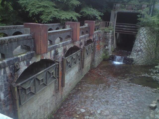 ダム:なんだか近代化遺産っぽい