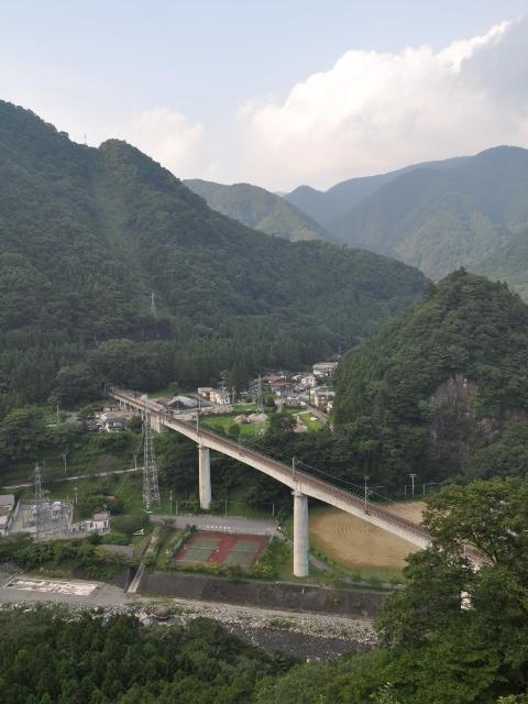 三弦橋:とある湖の■林■道