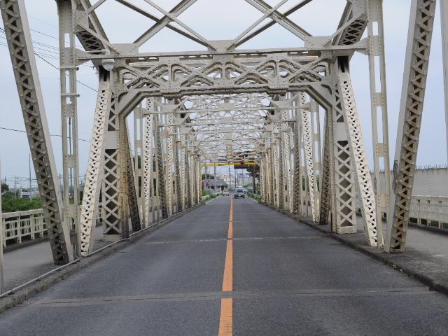 鉄橋:架け替え工事なう