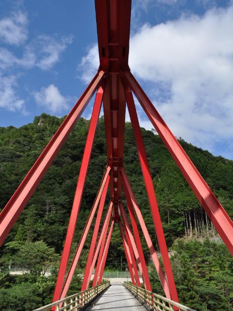 三弦橋:とある湖の●林●道