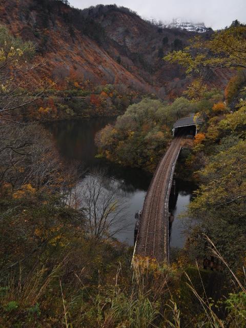 未成線:田子倉駅の未成橋