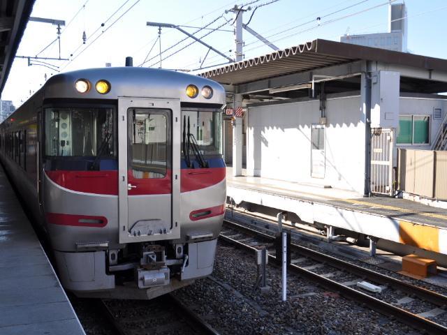 鉄道@特急ビーチウィンド撮ったど〜