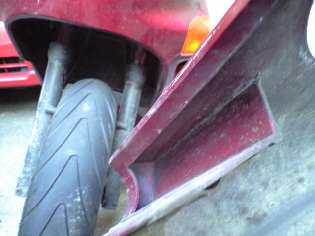バイク@ZZRのフロントフェンダー修理