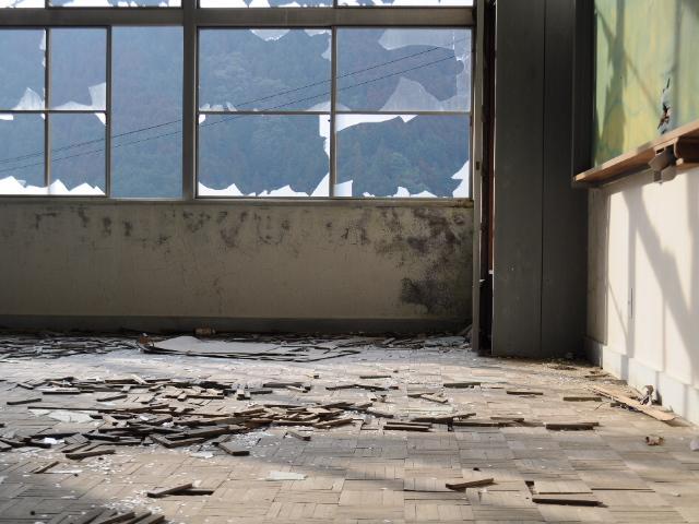 廃墟@とある紀州路の廃校探索