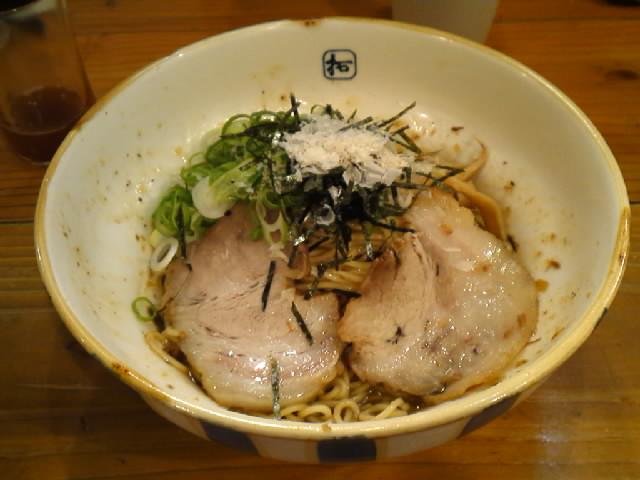 グルメ@今日のラーメニング 四ツ橋 麺屋「拓」汁なし和風そば ダシの効いたスープと麺の絡みが癖になります