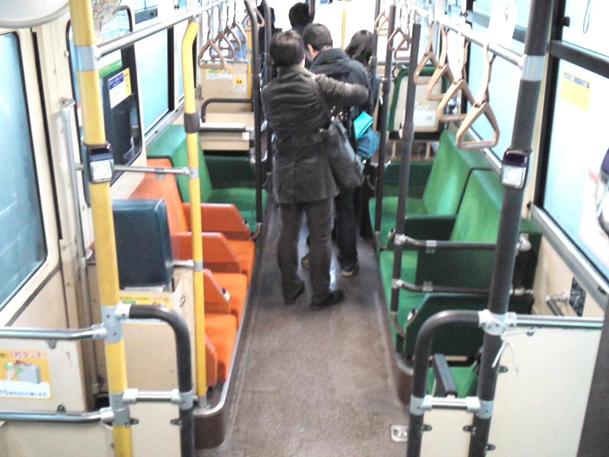 何もない埋立地で一気に乗客ゼロになるバス #jcttour