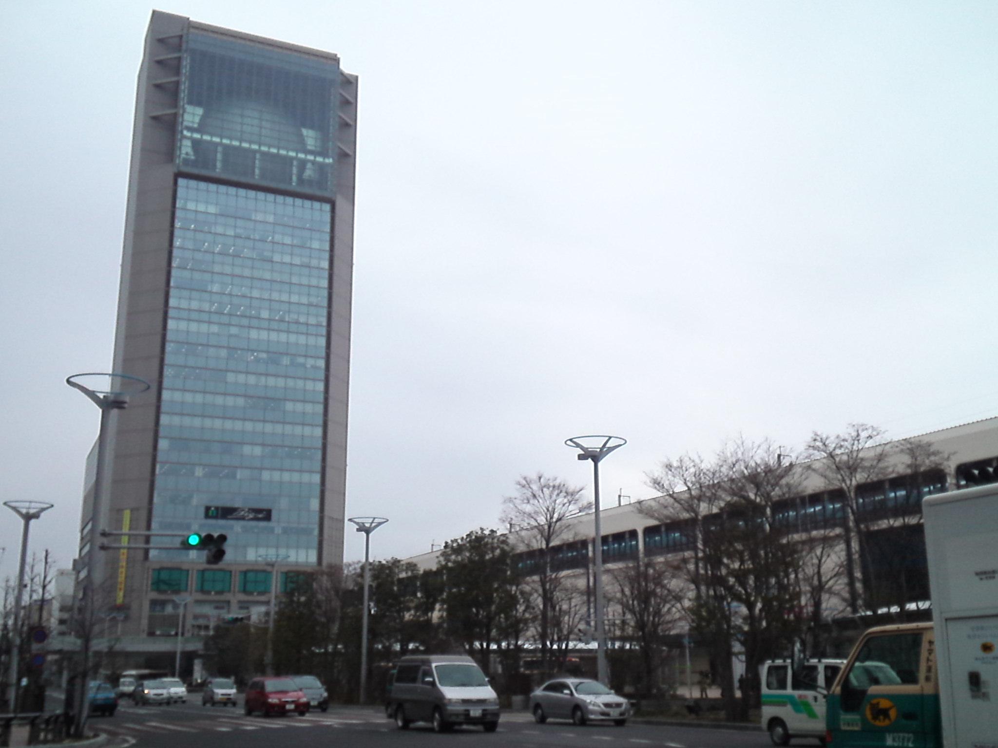 駅中や新しい商業ビルが出来るとますます厳しいかな