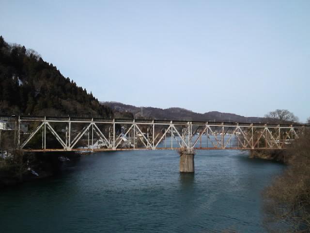 ドボク@「旅するトラスフェチはせつなくてトラス橋を見るとすぐ寄り道しちゃうの」
