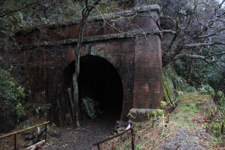 廃線@「たまにはトンネルもいいですね」
