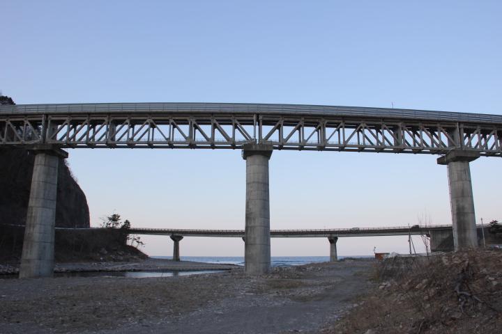 橋梁@コンクリート製の上路トラス橋梁 下路のコンクリートトラス鉄道橋って現存するのかしら