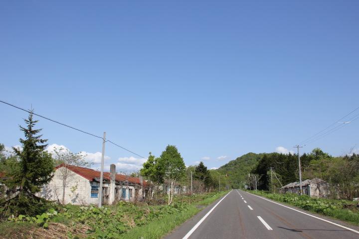 未成線@名羽線上流駅前団地 #ロリ鉄