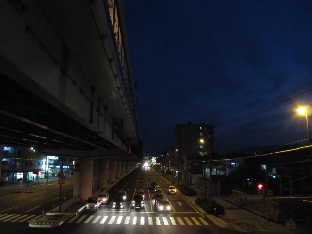 トワイライト・高架橋脚