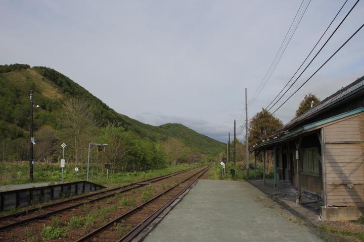 鉄道@「ここ、どこ?」「オレしんない」