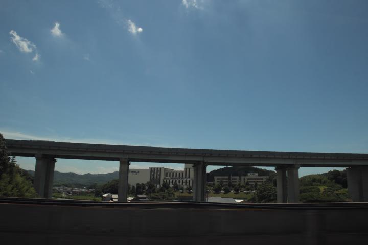 高架橋脚日和
