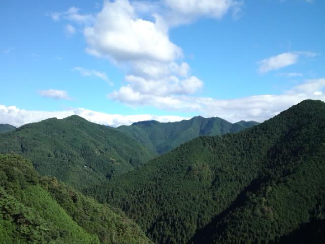 映画「萌の朱雀」ロケ地巡礼 21世紀版のスーパーカブで山道を登ると尾野真千子を乗せてる気分になれます