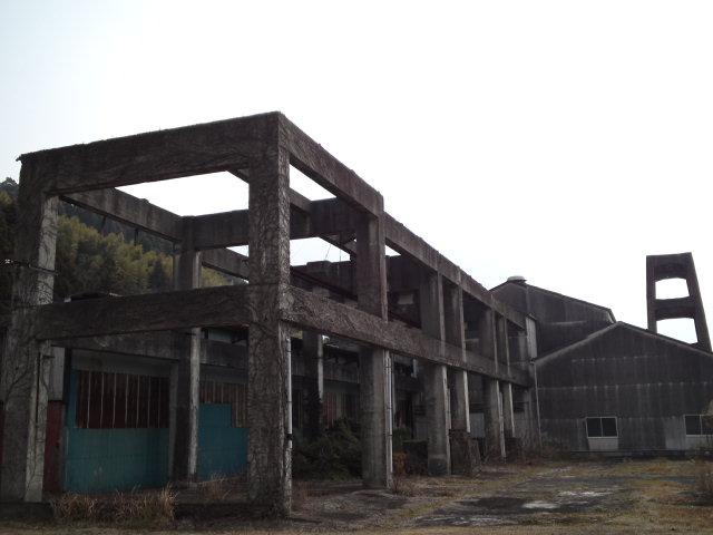平戸市で見掛けた産業遺産らしき遺構、All-Aのタケさんのblogに記載があったような憶えが微かにあるような?