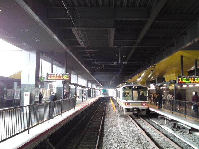 それとも京都駅ゼロ番線の煙臭さはターミナルとしての演出もあるのかな