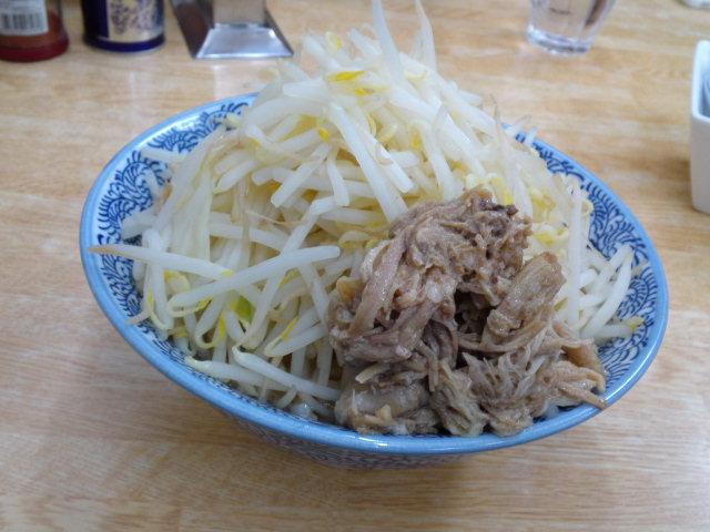 富士市で食べた二郎インスパイア系ラーメン「多武宇」 MAX盛りは別料金なので並のマシマシはこんなもんかも