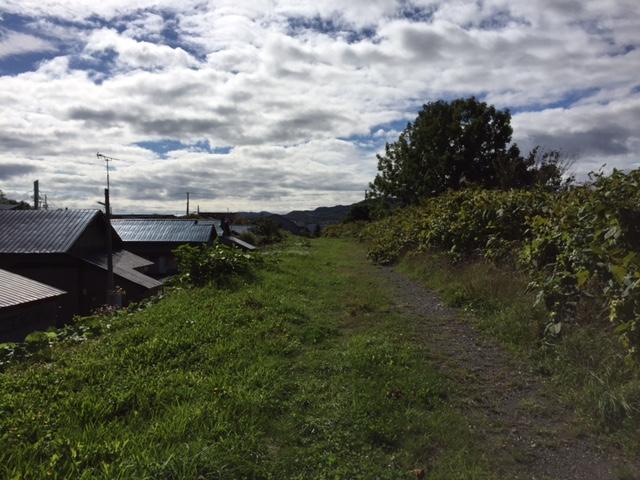 廃線@羽幌線の留萌川橋跡 留萌側は町道踏切から築堤が残ってるが、羽幌側は護岸工事のため消滅