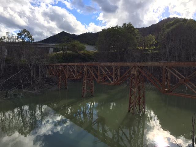 今日のトラスドガーダー橋