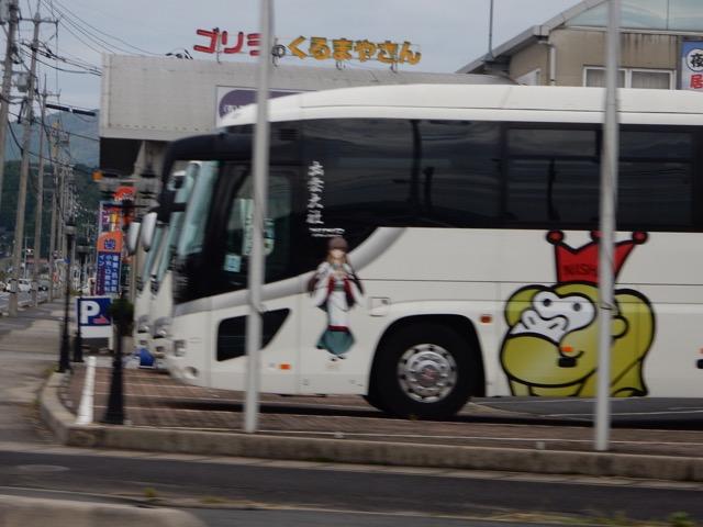 日本海沿いのバス会社では美少女キャラをバスに貼るのが流行ってるんだろうか?(偏った統計