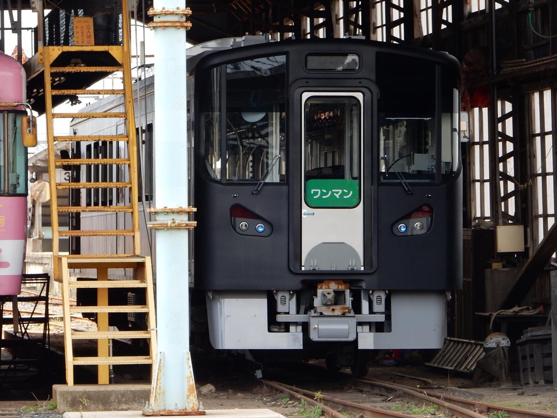 覆面の新型電車(再掲)