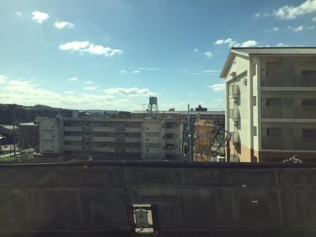 東海道新幹線上り、京都駅で自由席は完全に満席になったな さすが3連休