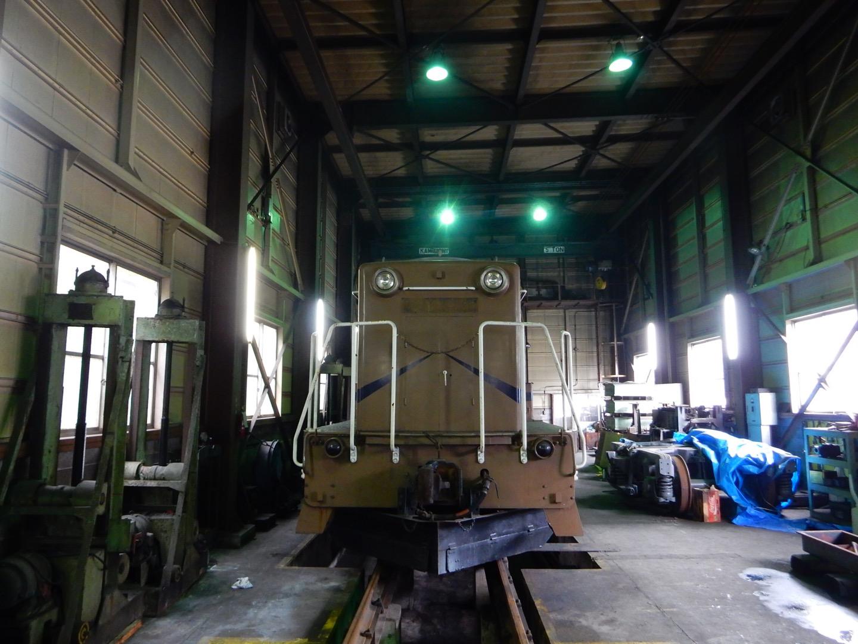メカ@神岡鉄道DD13機関車のDMF31SB(直列6気筒31000ccダイハツ製ヂーゼルエンジン)